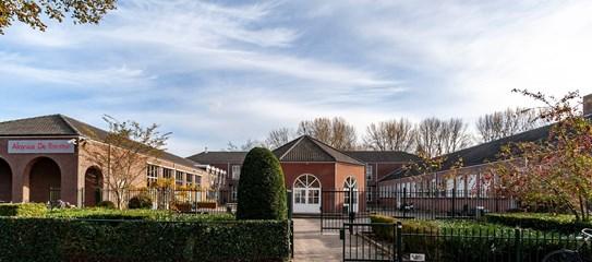 Aloysius De Roosten school