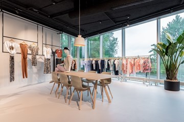 HVEG Fashion Group