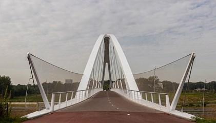 Fietsbrug Tegenbosch