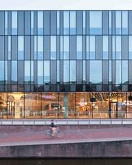 Gemeentehuis Delft en NS Station